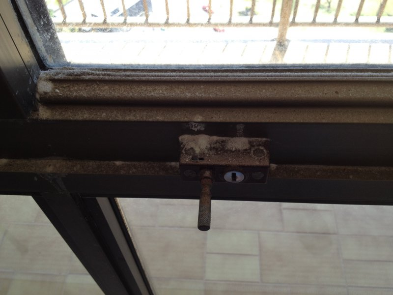 Aluminium Window Maintenance and Corrosion Prevention - All Clear ...