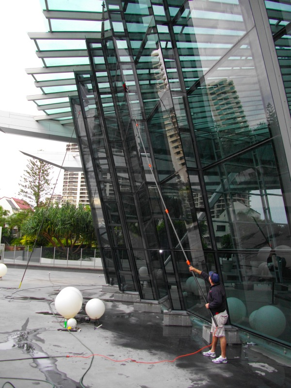 Surfers Paradise Window Cleaning Company Call Us Now All