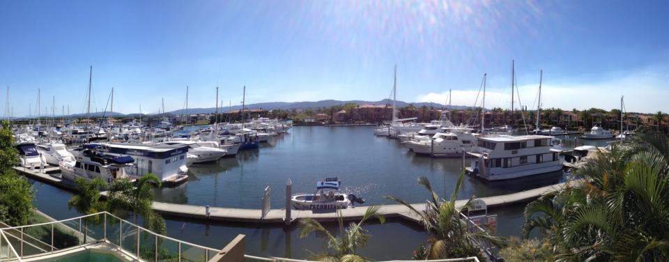 A photo of the marina at Hope Island