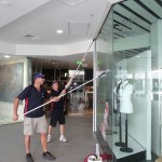 Broadbeach_shop_front _window_cleaning